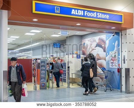 Canberra, Australia - Sep 8, 2018: Aldi Supermarket Store Located In The Canberra Centre. Aldi Is A