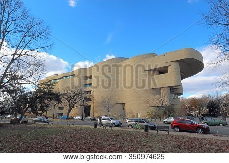 Washington, Dc - December 7 2017: Smithsonian Institution National Museum Of The American Indian On
