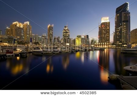 Marina Walk In Dubai