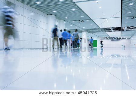 people walking in rush hour
