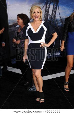 LOS ANGELES - APR 10:  Jennifer Aspen arrives to the