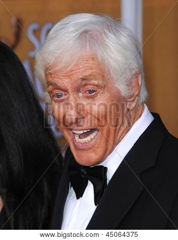 LOS ANGELES - JAN 27:  Dick Van Dyke arrives to the SAG Awards 2013  on January 27, 2013 in Los Angeles, CA