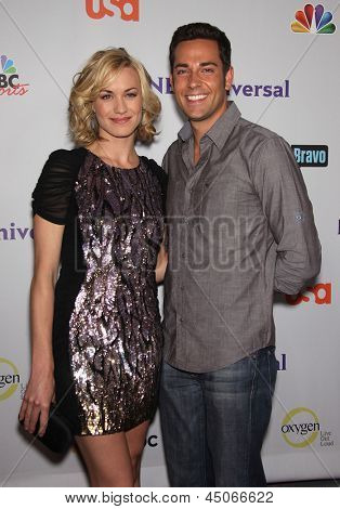LOS ANGELES - AUG 11:  YVONNE STRAHOVSKI & ZACHARY LEVI arriving to Summer TCA Party 2011 - NBC  on August 11, 2011 in Beverly Hills, CA