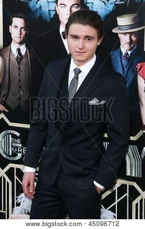 NEW YORK-NOV 18: Actor Callan McAuliffe attends the premiere of