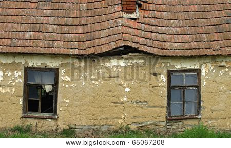 old abandoned houses made of mud