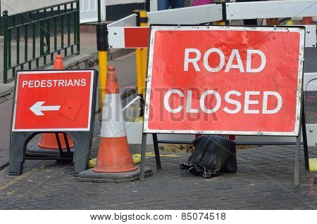 UK road closed sign