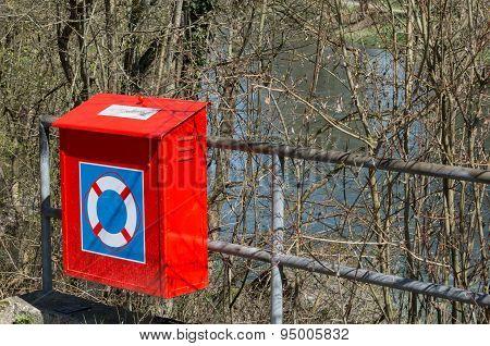 Orange Life Belt Box