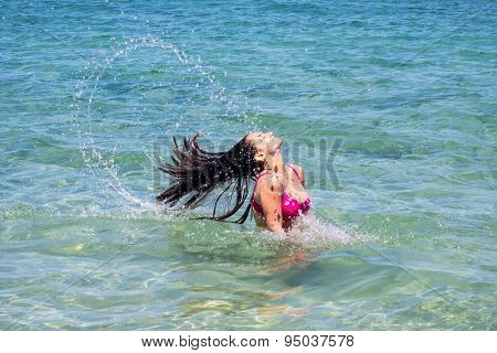 Water Motion Freeze On Teenage Girl Bathing