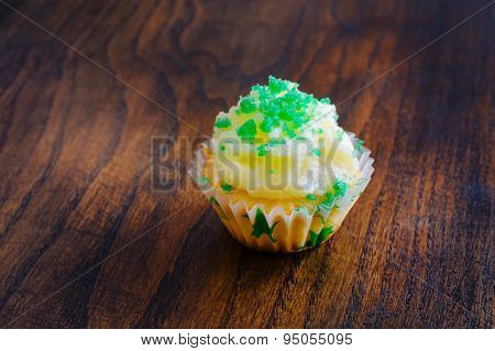 Muffin with butter cream