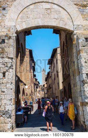 Town Gate Of San Gimignano, Italy