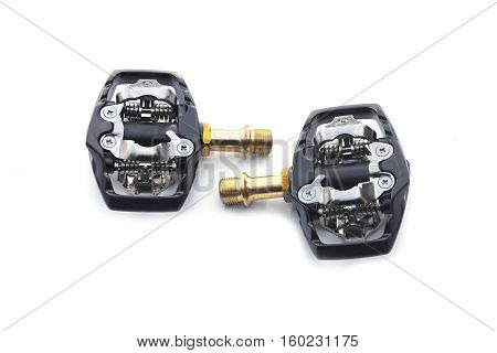 Bicycle clipless pedals for mountain bike cycling