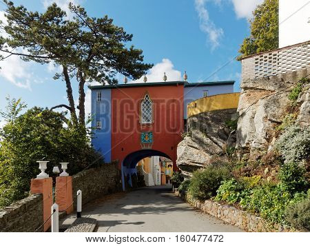 Bridge House Portmeirion was completed in 1959 and was listed Grade II in 1971. It forms the second of two entrance gateways.
