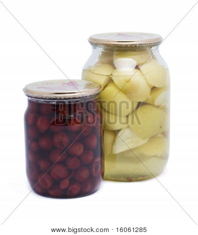 Canned cherry and apple