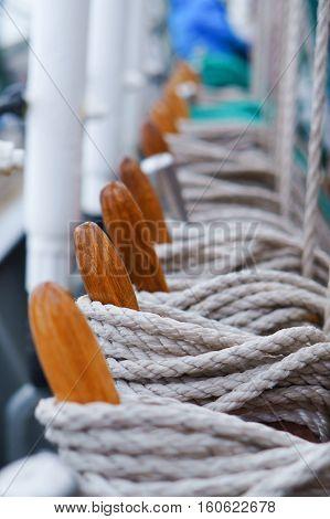 marine supplies sailboat rope bollard rope rescue boat mast