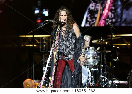 Steven Tyler of Aerosmith performs at the 2016 KAABOO Music Festival at Del Mar Racetrack + Fairgrounds on September 17, 2016 in Del Mar, California.