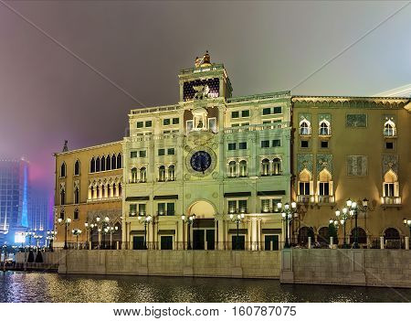 Waterfront And Venetian Macau Casino And Luxury Resort In Macao