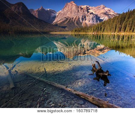 Emerald Lake is a popular lake in Yoho national park in Banff.