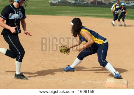 Fastpitch Firstbase Catch