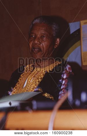 JOHANNESBURG, SOUTH AFRICA - Dec 1991: Nelson Mandela at a press conference