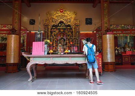 People At Chinese Temple In Kuala Lumpur