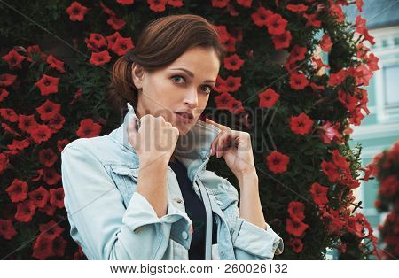 Outdoors Summer Portrait Of A Casual Pretty Woman