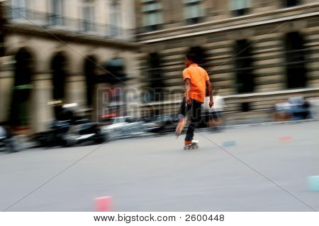 Roller Slalom At Paris, Place Du Palais Royal