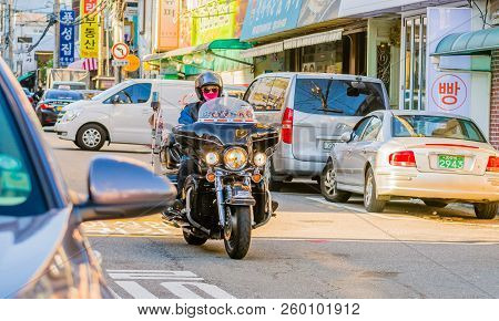 Seoul,south Korea; September 9,2018: Unidentified Man Wearing Helmet And Sunglasses Riding Touring M