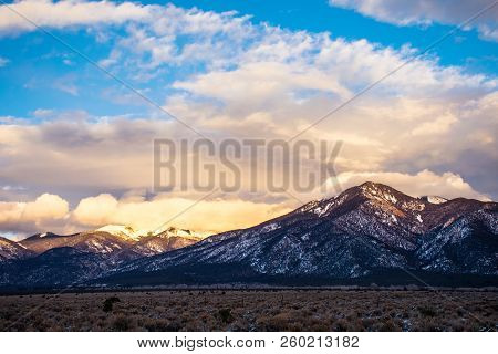 Large Clouds Grow During Sunset Wide Angle Golden Hour Sunset Special Clouds Luming Over The Peaks R