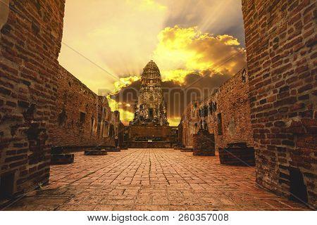 Wat Ratchaburana Ayuthaya World Heritage Site Of Unesco Thailand
