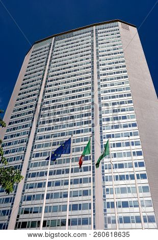 Milan, Italy - 10 May 2018: Skyscraper Pirelli Tower-pirellone At The Railway Station Milano Central