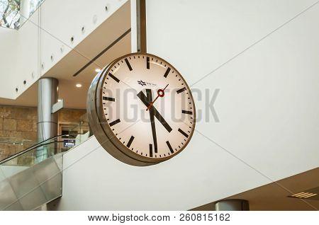 Jerusalem, Israel. September 27, 2018. Modern Round Analog Clock Without Numbers Inside A Public Tra