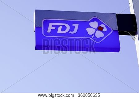Bordeaux , Aquitaine / France - 11 13 2019 : Fdj Logo French National Lottery Operator Store Sign Fr