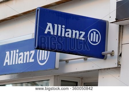 Bordeaux , Aquitaine / France - 01 15 2020 : Allianz Insurance Sign Logo French Store Office Brand F