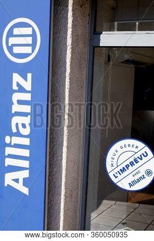 Bordeaux , Aquitaine / France - 01 15 2020 : Allianz Insurance Shop Sign Logo French Store Office Br