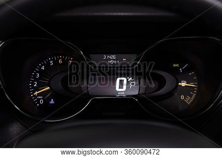 Novosibirsk, Russia - April 02, 2020  Renault Kaptur, Round Speedometer, Odometer With A Range Of 31