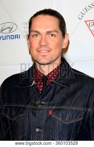 LOS ANGELES - NOV 26:  Steve Howie at the Autism Blue Jean Ball at the Beverly Hilton Hotel on November 26, 2012 in Beverly Hills, CA12