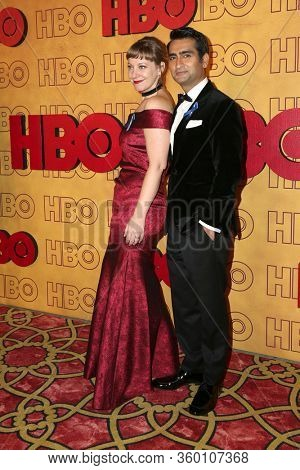 LOS ANGELES - SEP 17:  Emily V. Gordon, Kumail Nanjiani at the HBO After Party at Pacific Design Center on September 17, 2017 in West Hollywood, CA