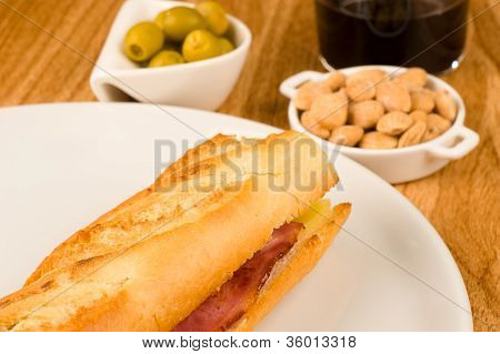 Spanish Bar Classic