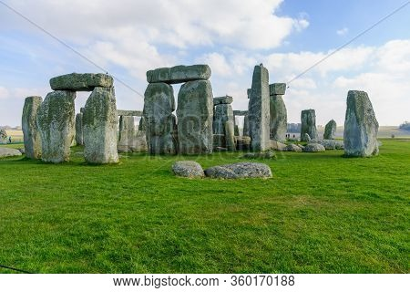 Stonehenge, Uk - February 18, 2013: View Of The Stonehenge Prehistoric Site, In Wiltshire, England,