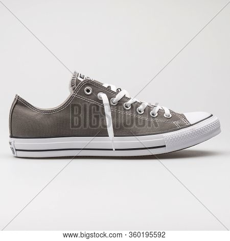 Vienna, Austria - August 14, 2017: Converse Chuck Taylor All Star Seasonal Ox Charcoal Sneaker On Wh