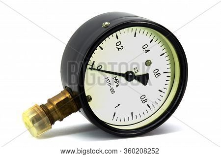 The Dial Gauge Is Not A Large Mechanical Device That Is Used To Measure The High Pressure That Creat
