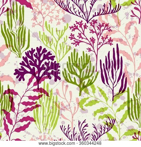 Ocean Corals Seamless Pattern. Kelp Laminaria Seaweed Algae Background. Aquarium Water Plants Summer