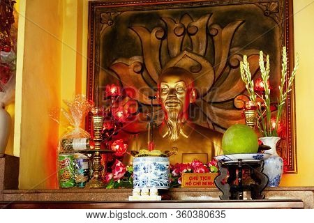 Ho Chi Minh City, Vietnam - March 18, 2020: Vietnamese President Ho Chi Minh Bust At The Temple Of T