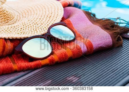 Vintage Summer Wicker Straw Beach Hat, Sun Glasses And Cover-up Beachwear Wrap Near Swimming Pool, T