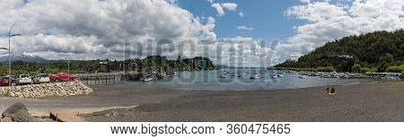 Pucon, Chile-january 31, 2020: Bathing Beach And Boats In The Harbor On Villarrica Lake In Pucon, Ch