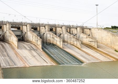 Dam With Less Water Due To Drought.