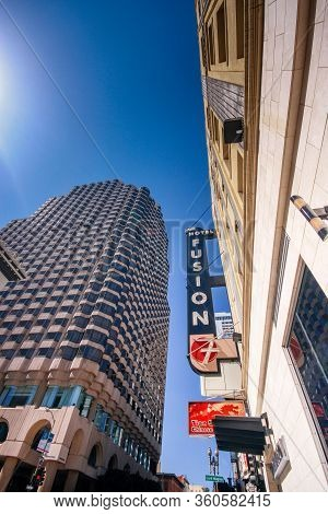 San Francisco, Usa - Sept 22, 2010: Facade Of Fusion Hotel In Clear Day With Logo On Sept 22, 2010 I
