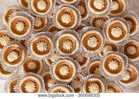 Mini Pumpkin Pie Cups
