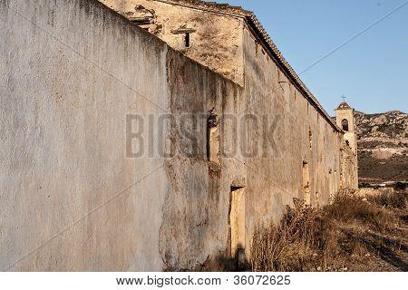 farmhouse outside Los Frailes