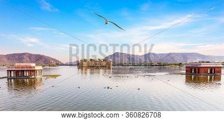 Man Sagar Lake And Jal Mahal Palace, Jaipur, India